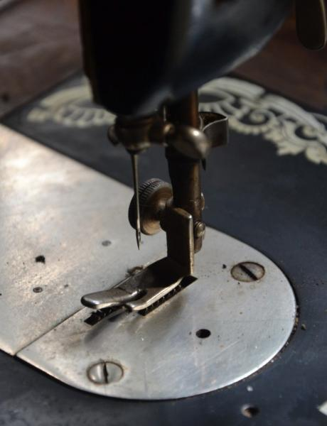 /Files/Images/O nama/sewing_machine_machine_production_the_production_of_sewing_seamstress_tailor_needle-974492.jpg
